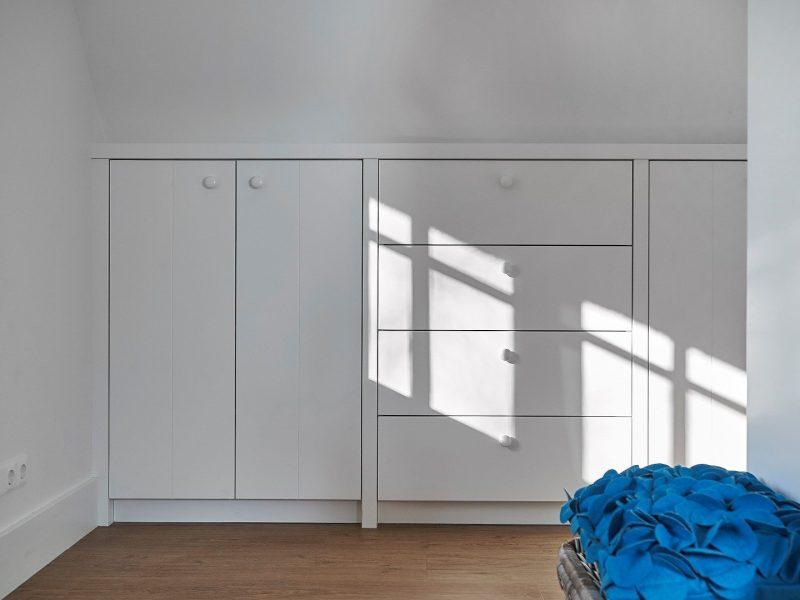 Inbouwkast Schuine Wand Op Maat